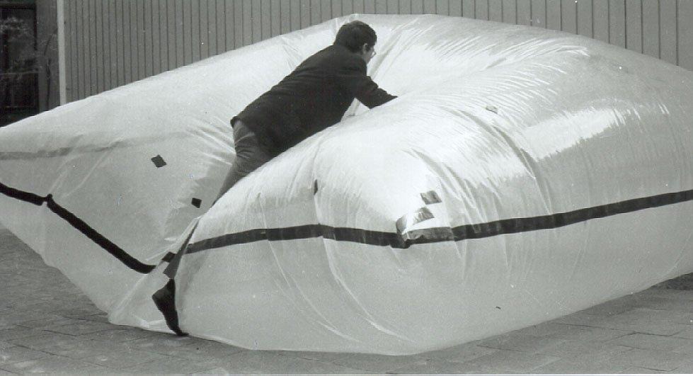 1964 Cushion 2