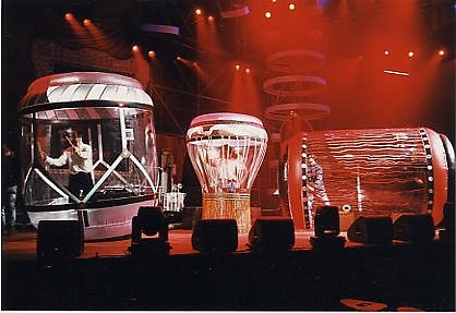 1995 Giant drums 1