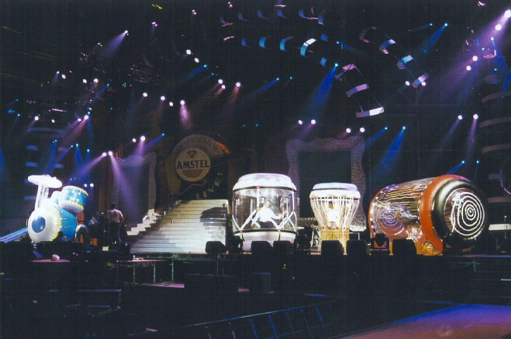 1995 Giant drums 2