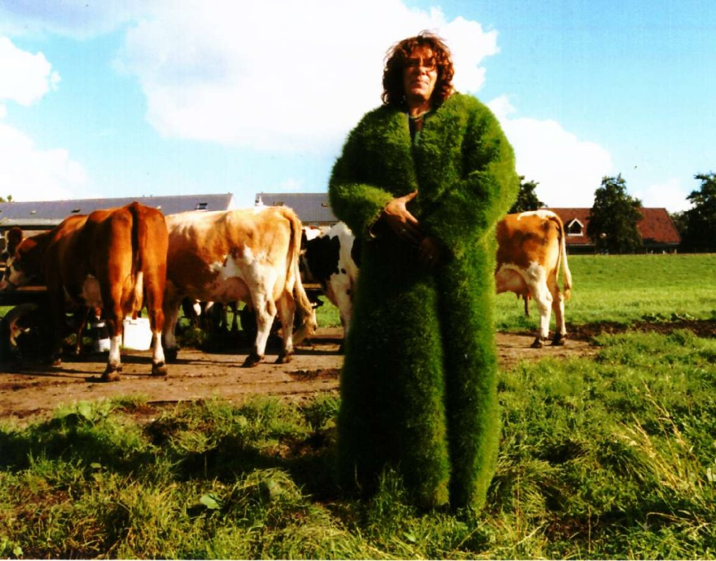 2002 Grass coat 3