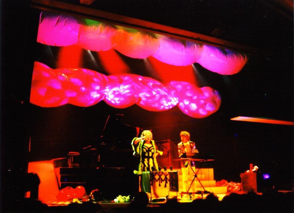 2002 Karin Bloemen decor 5